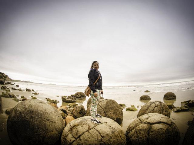 katka cestuje moeraki boulders