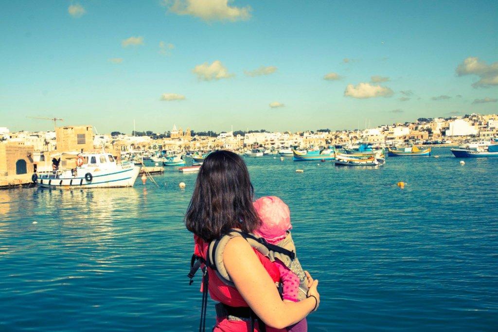 katka cestuje malta modry pristav tyrkysove more