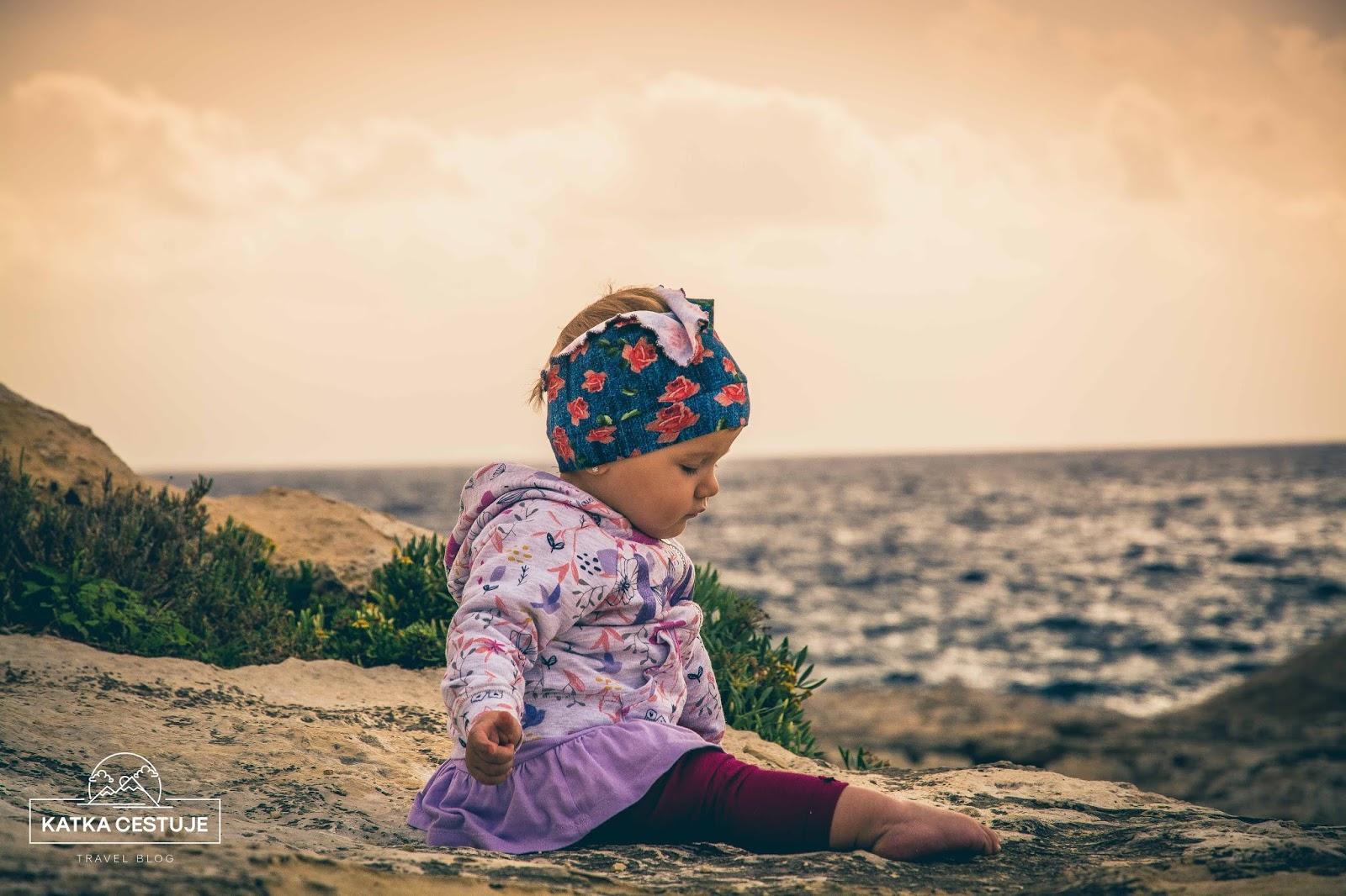 cestovani s detmi u more malta plaz batole